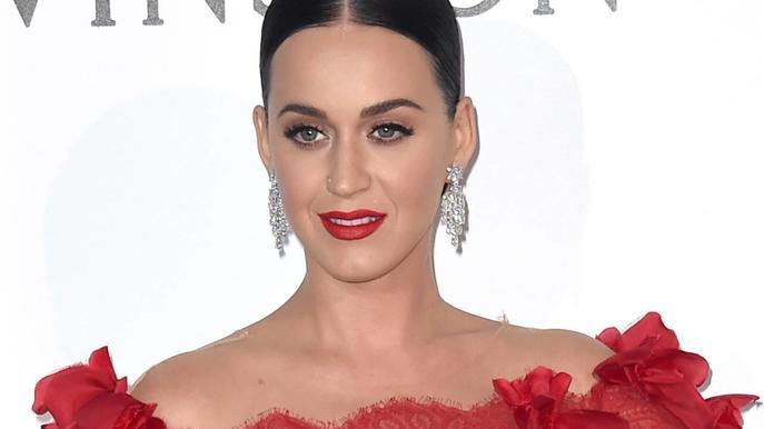 """""""I kissed a girl""""-Sängerin Katy Perryüberrascht ihre Fans immer wieder mit neuen Looks."""