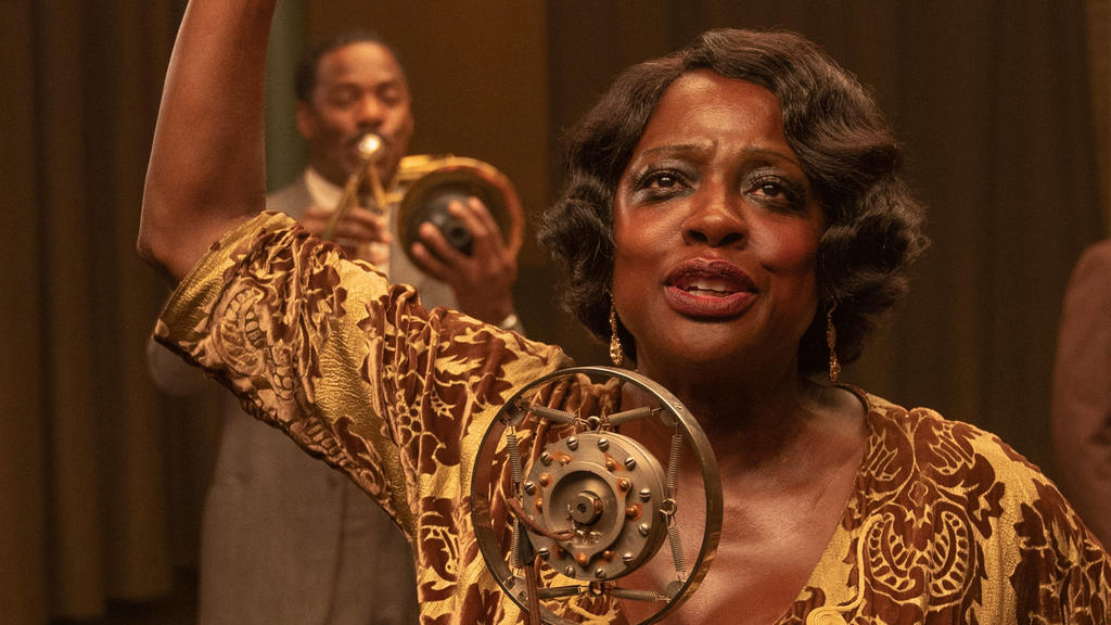 RELEASE DATE: December 18, 2020 TITLE: Ma Rainey s Black Bottom STUDIO: DIRECTOR: George C. WolfePLOT: Chicago, 1927. A recording session. Tensions rise between Ma Rainey, her ambitious horn player and the white management determined to control the u