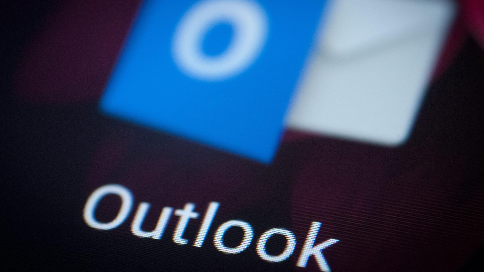 Die Verbraucherzentrale Bremen warnt vor einer Phishing-Masche bei Microsoft Outlook.