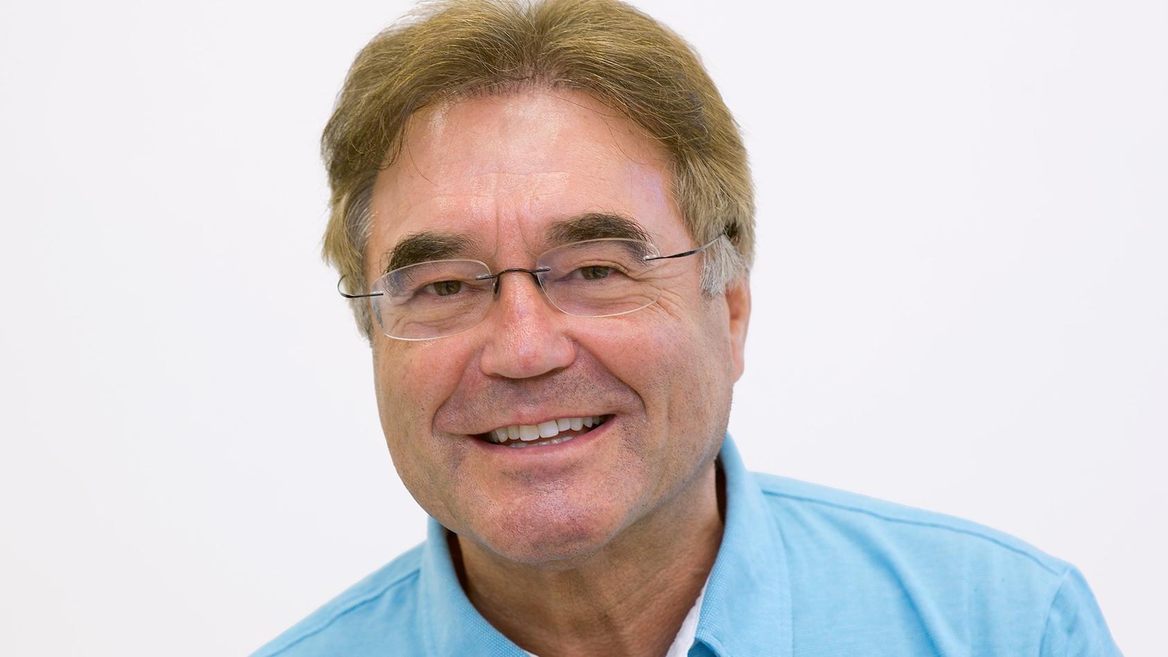 Prof. Dr. Dr. Franz-Xaver Reichl ist Beauftragter für Biologische Sicherheit von Bakterien, Viren und Gen-veränderten Organismen an der LMU München