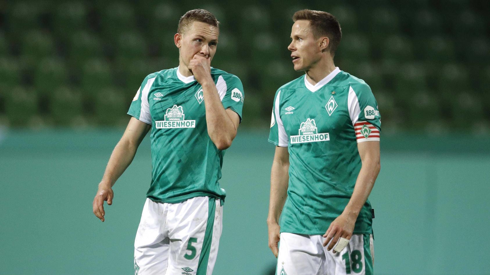 Sollen zuhause bleiben, um auf dem Platz stehen zu können: Die Fußballer von Werder Bremen.