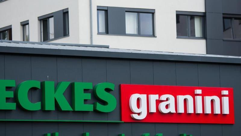 """Der Schriftzug """"Eckes-Granini"""" ist am Gebäude des Unternehmens zu sehen. Foto: Andreas Arnold/dpa/Archivbild"""