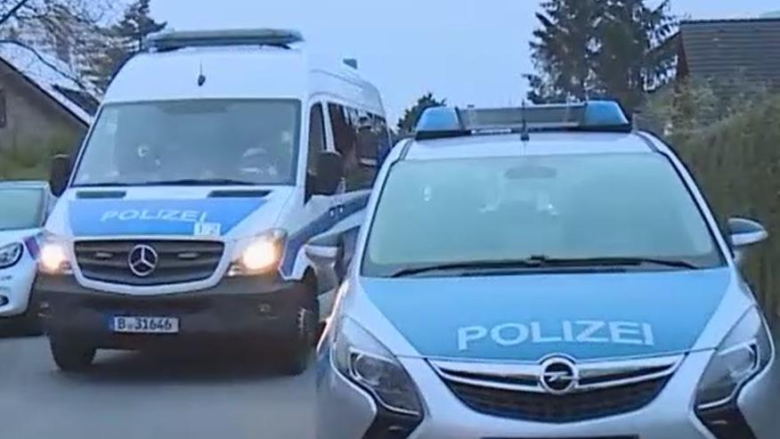 Die Polizei hat den 33-jährigen Sohn festgenommen.