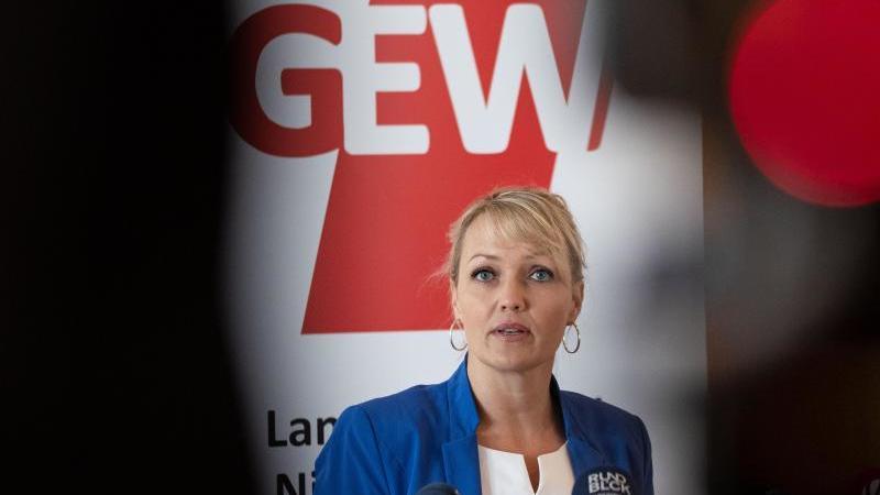 Niedersachsens GEW-Landeschefin Laura Pooth in Hannover. Foto: Peter Steffen/dpa/archivbild