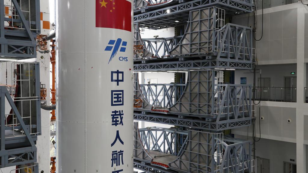 """Chinesische Rakete """"Langer Marsch 5B"""""""