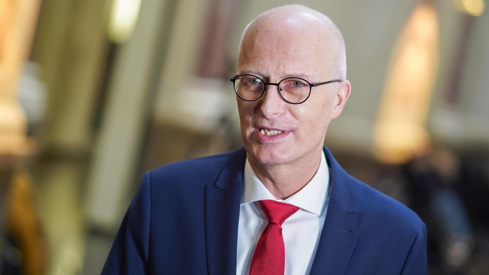 Hamburgs Erster Bürgermeister Peter Tschentscher will bald lockern