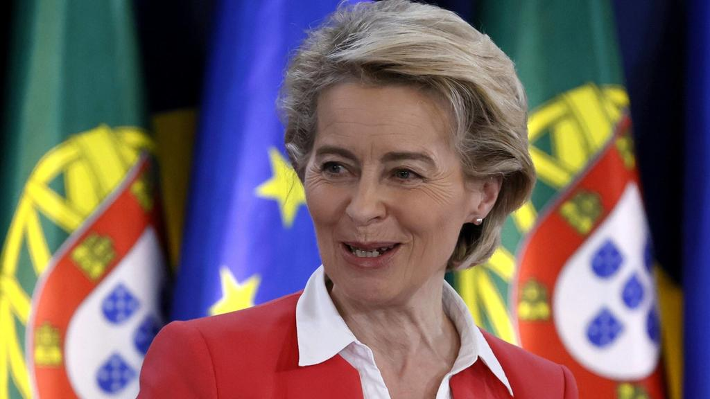 European Commission President Ursula von der Leyen gives a press conference after the European Council meeting during the 2nd day of the EU Social Summit at the Palacio de Cristal in Porto, Portugal, 08 May 2021. European Council meeting ACHTUNG: NU