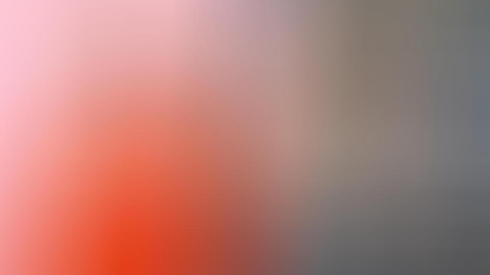 Jennifer Lopez (l.) und Chris Hemsworth setzten zum Muttertag Social-Media-Posts ab.