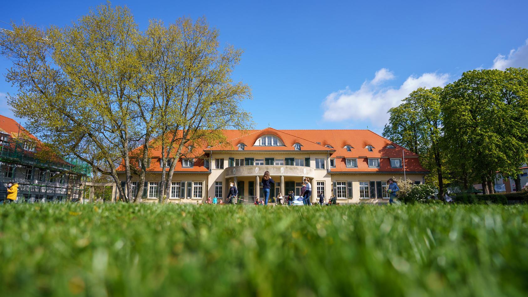 Internate wie das Schulzentrum Marienhöhe in Darmstadt gewinnen während der Pandemie an Beliebtheit.
