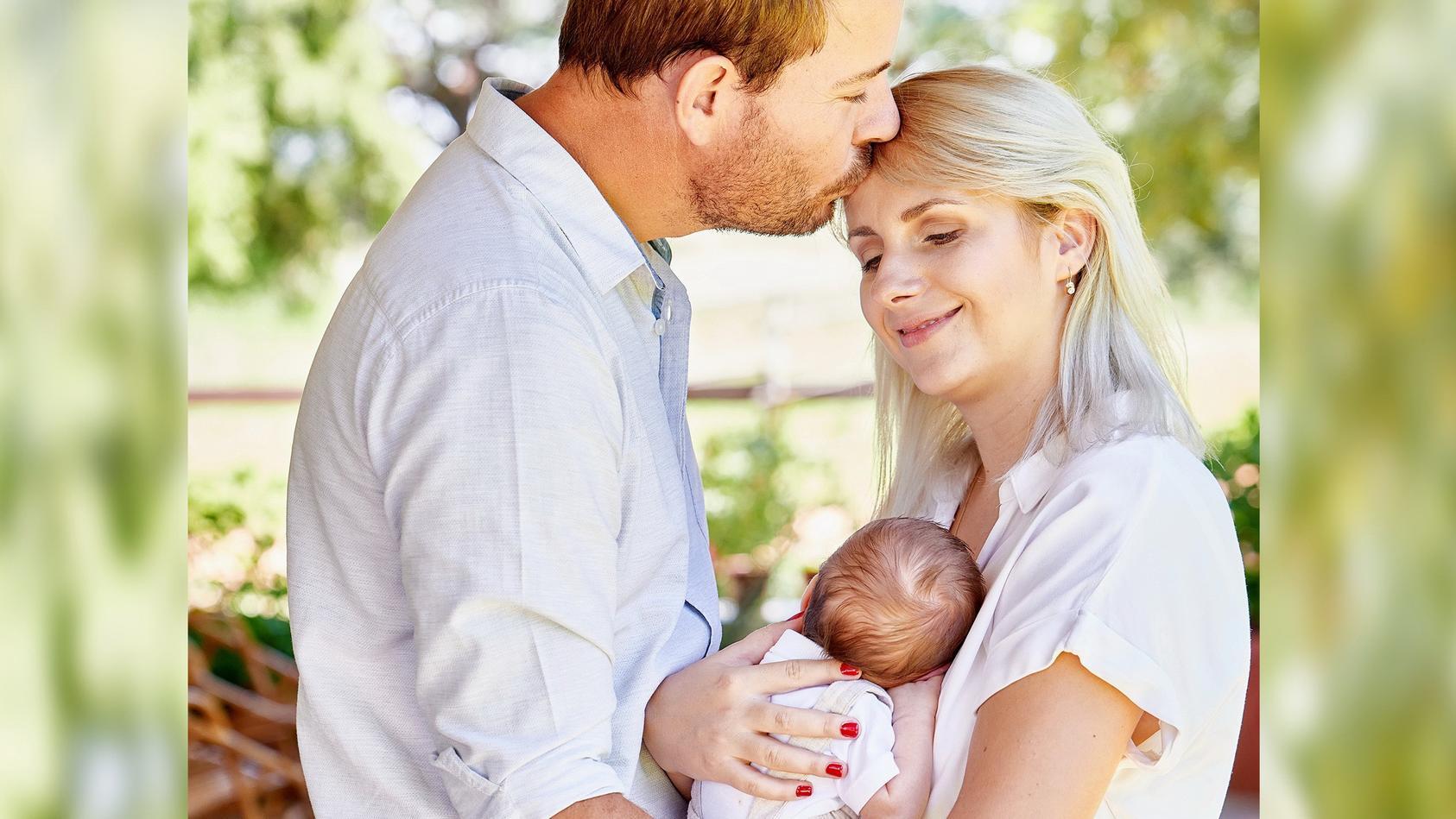 Gerald und Anna Heiser mit ihrem Sohn