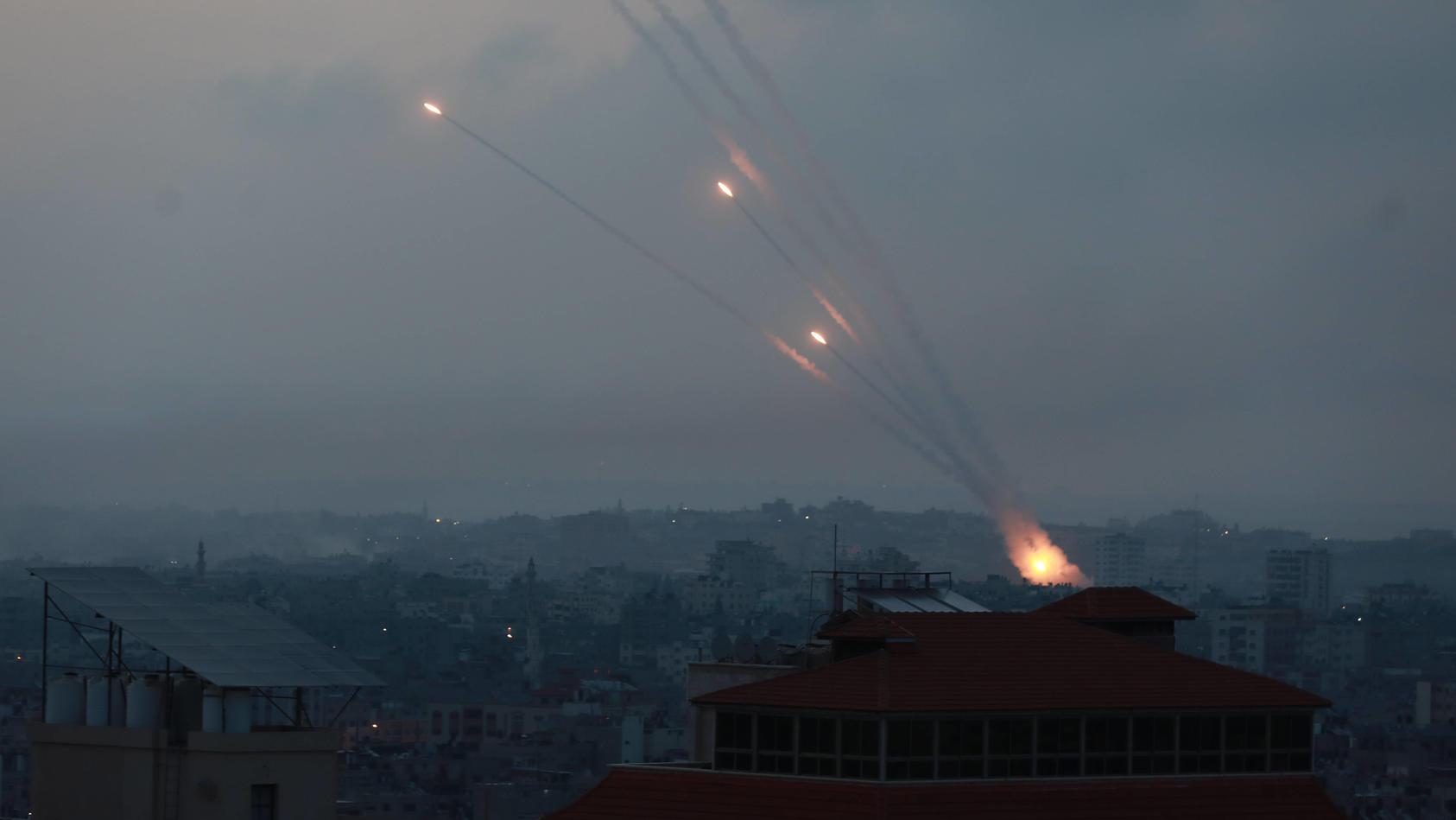 Die Terrororganisation Hamas hat mehr als 200 Raketen auf Israel abgefeuert