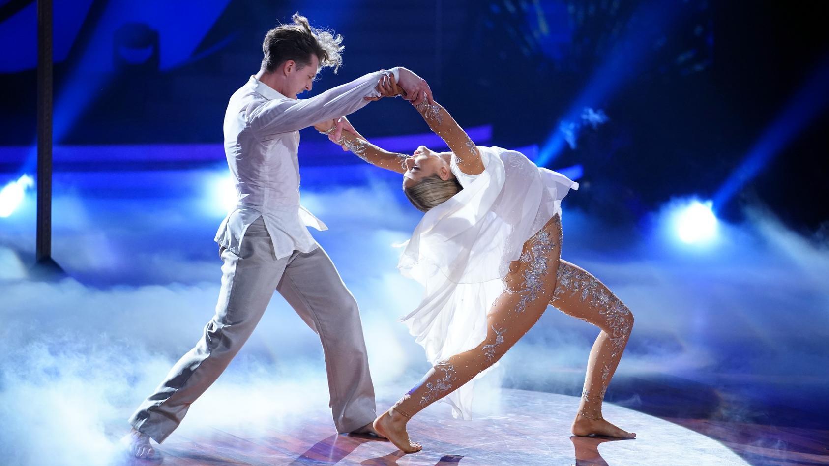 """Valentina Pahde bekam in der letzten Show 30 Punkte für ihren """"Magic Moment"""". Kann sie das mit ihrem Contemporary in Show 10 wiederholen?"""