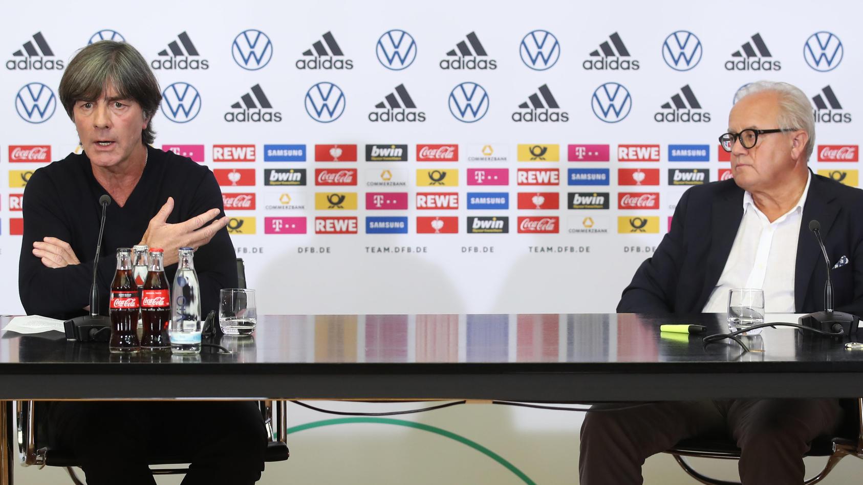 Muss sich nach Fritz Kellers Rücktritt an einen neuen DFB-Präsidenten gewöhnen: Jogi Löw (links).