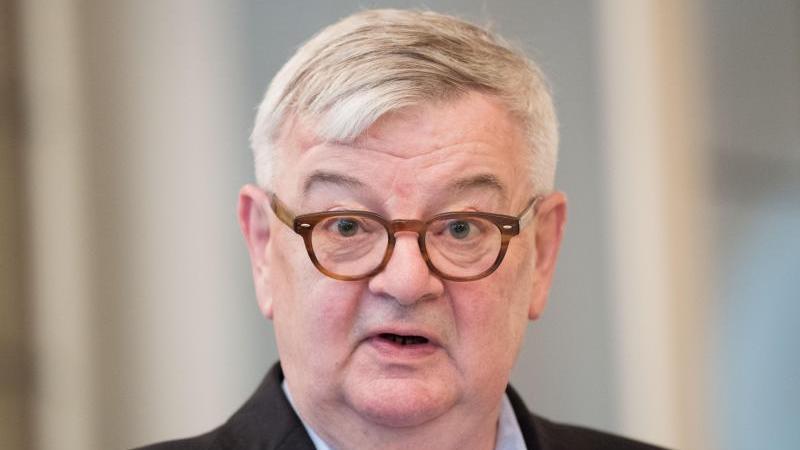 Der ehemalige Bundesaußenminister Joschka Fischer (Bündnis 90/Die Grünen)