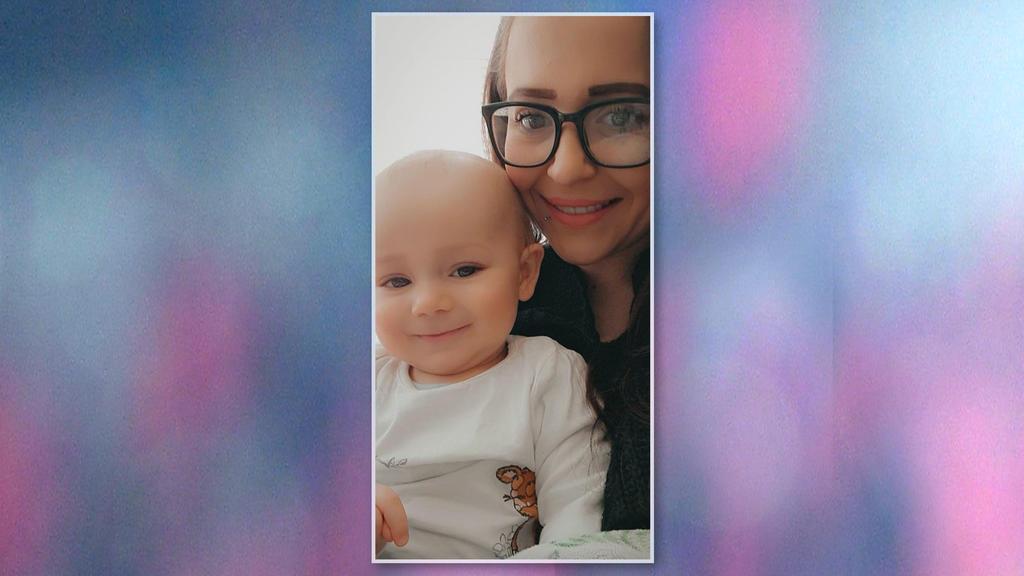 Becky Stiles mit Baby