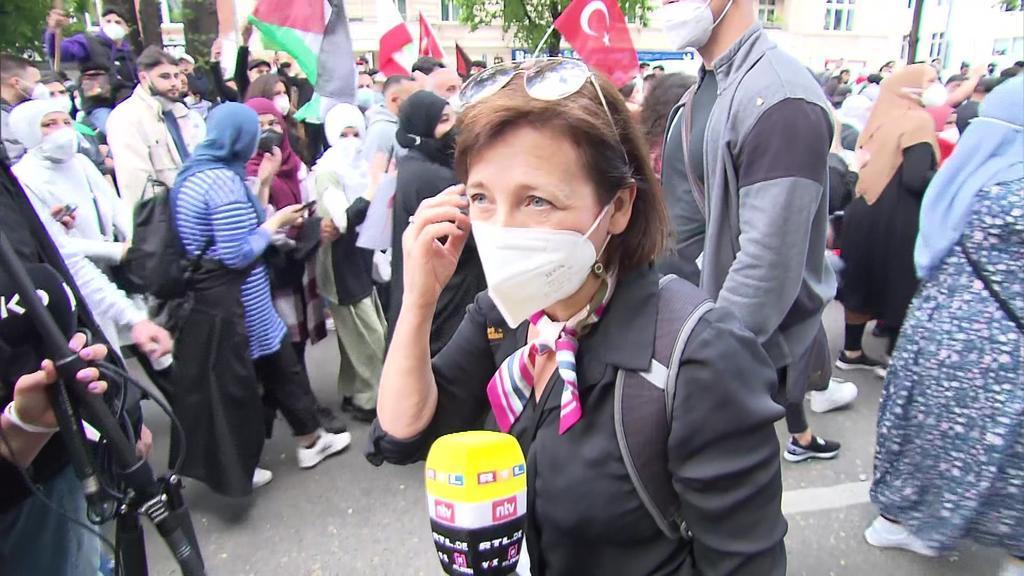 RTL-Reporterin auf Demonstration in Berlin