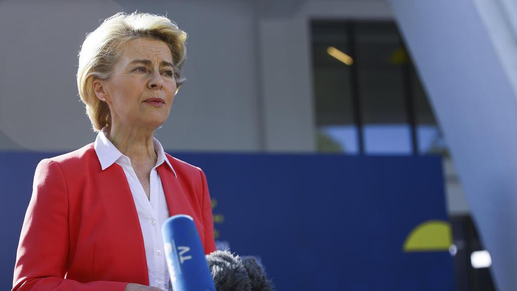EU-Kommissionspräsidentin Ursula von der Leyen will künftig stärker auf den Bahnverkehr setzen.