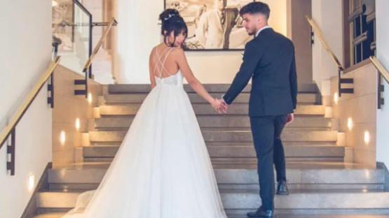 """Im fünf Sterne Luxushotel """"Villa Kennedy"""" in Frankfurt findet das Fotoshotting zu Sarahs Fake-Hochzeit statt."""