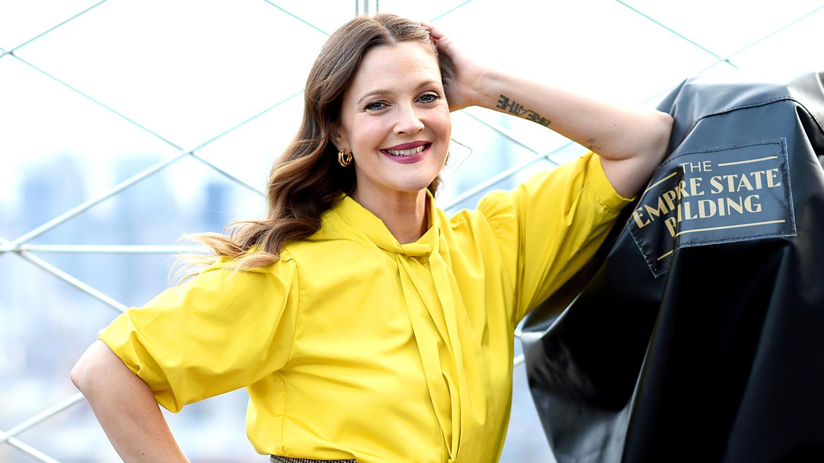 """Drew Barrymore spricht in ihrer Talkshow """"The Drew Barrymore Show"""" mit Woody Allens Adoptivtochter über ihre Missbrauchsvorwürfe."""