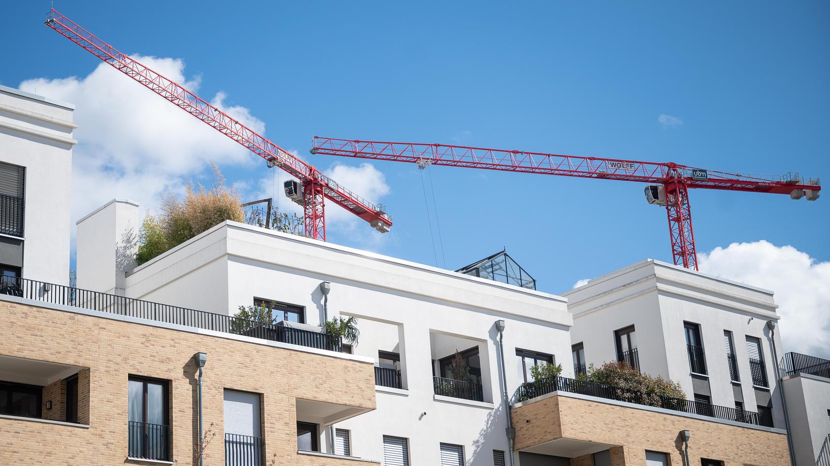 Wohnung mieten oder kaufen: Das hängt von der Lage der Immobilie und von der individuellen Lebenssituation ab.
