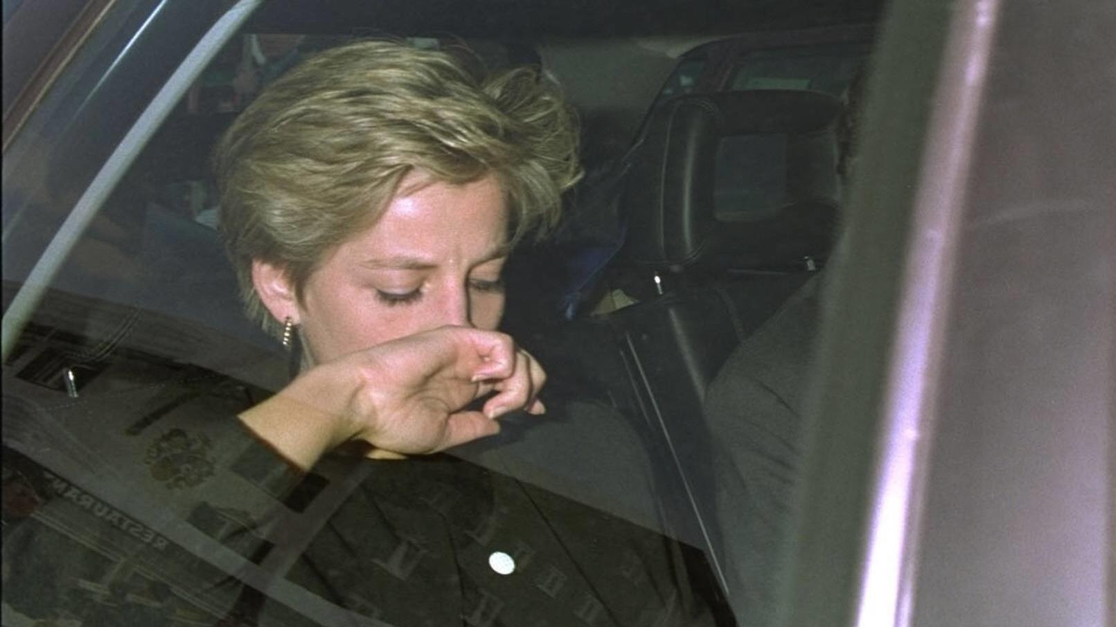 Lady Diana starb nach einem tragischen Autounfall in Paris.