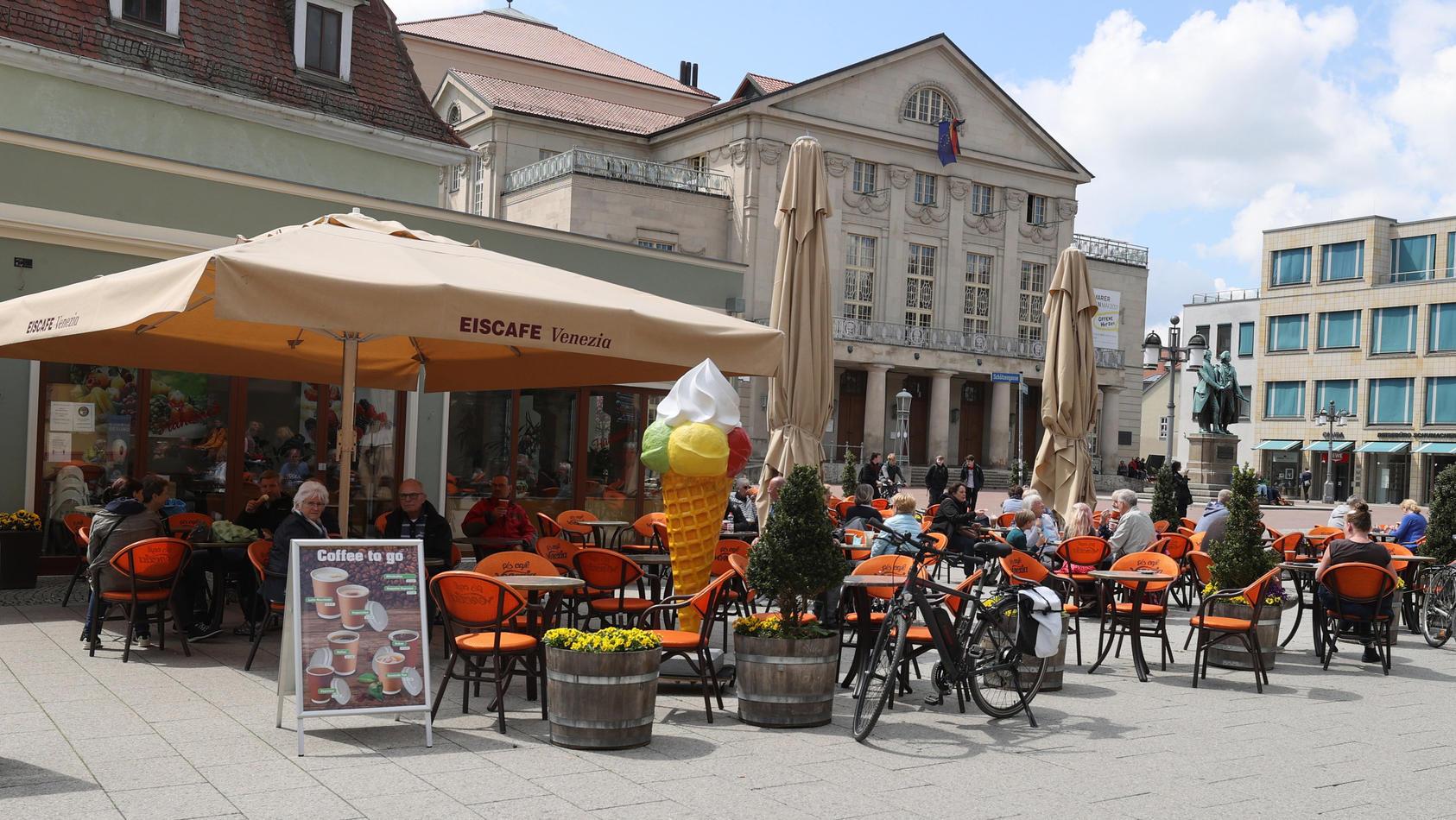 Bald geht es wieder los! Restaurants und Cafés stehen in den Startlöchern und auch die Besucher sind bereit.
