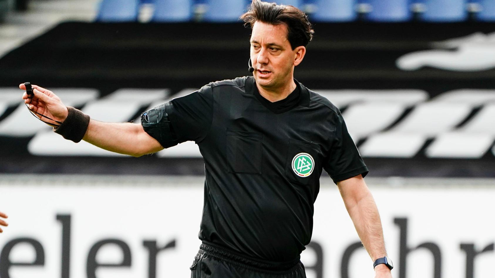 Manuel Gräfe verklagt den DFB