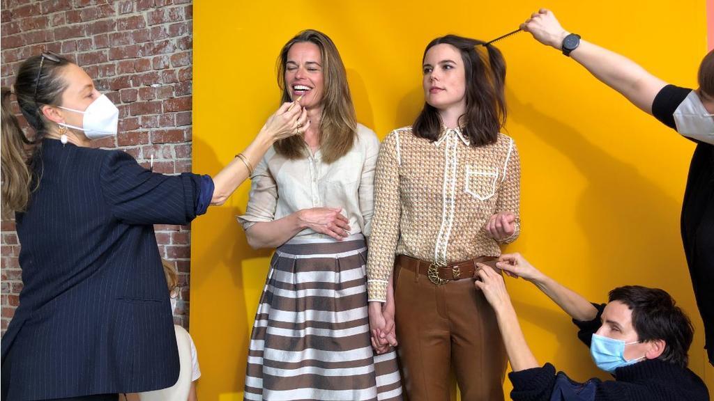 Professionelles Styling sind Susanne Böhm und Linda Mürtz auch von RTL Nord gewohnt, aber nicht so.