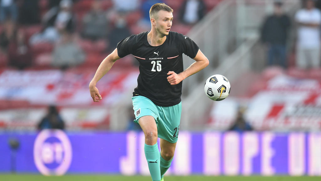 MIDDLESBROUGH, ENGLAND - JUNE 02: Sasa Kalajdzic of Austria controls the ball during the international friendly match between England and Austria at Riverside Stadium on June 02, 2021 in Middlesbrough, England. (Photo by Peter Powell - Pool/Getty Ima