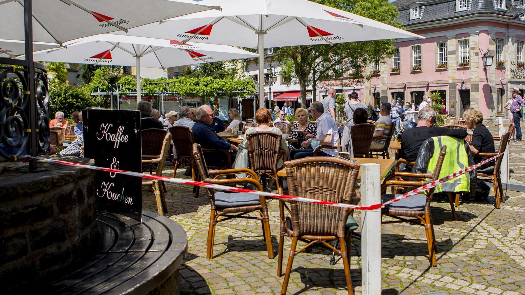 Unter Beachtung der Hygieneauflagen normalisiert sich das Leben in Hessen.