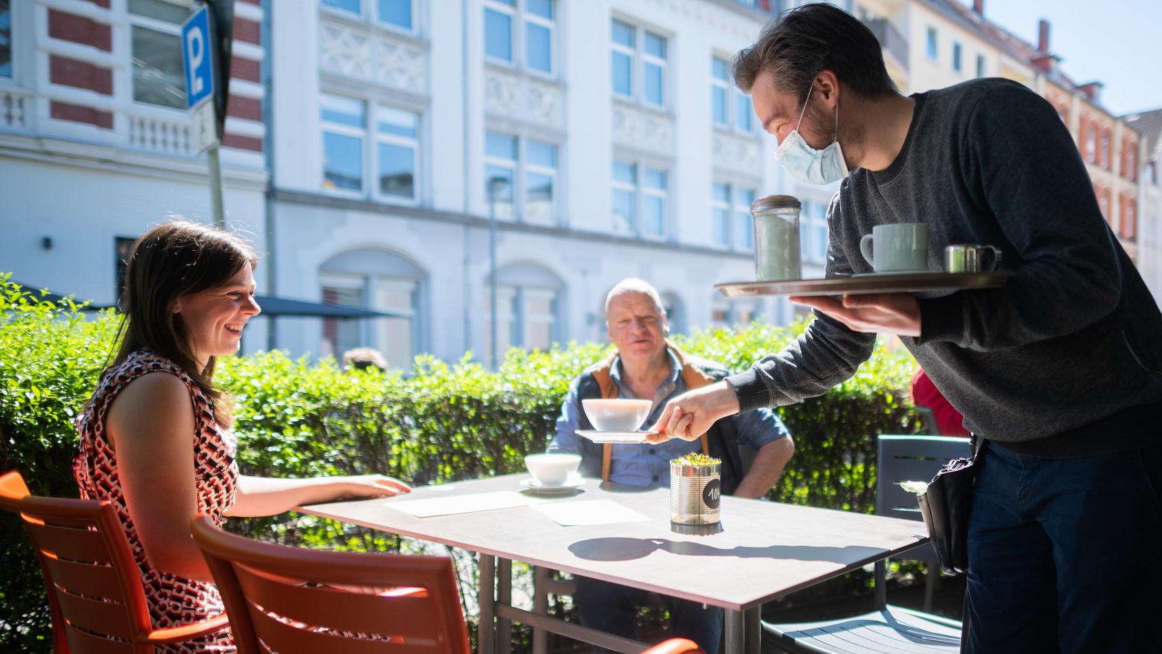 Bis jetzt müssen sich nur die Gäste in der Gastronomie die 3G-Regel beachten.