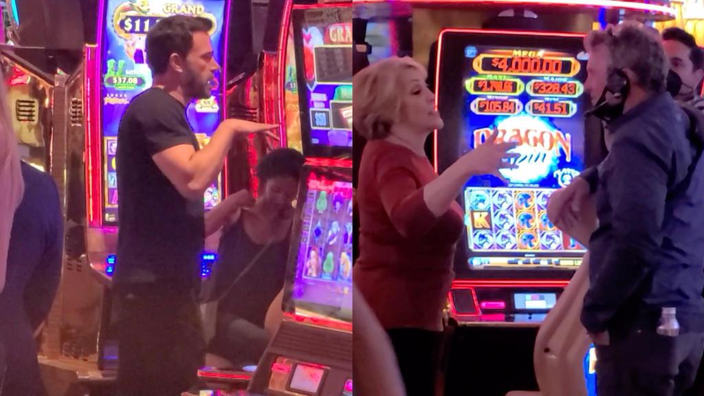 Ben Affleck und Jennifer Lopez' Mutter Guadalupe Rodriguez gemeinsam im Spielcasino in Las Vegas.
