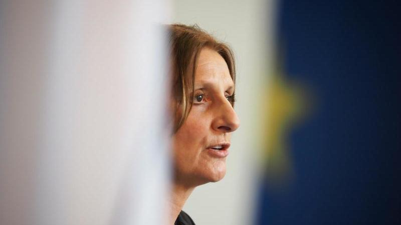 Britta Ernst (SPD), Bildungsministerin von Brandenburg. Foto: Soeren Stache/dpa-Zentralbild/dpa/Archiv