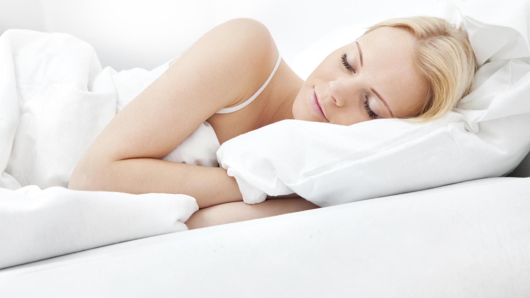 Bei großer Hitze fällt das Einschlafen oft schwer.
