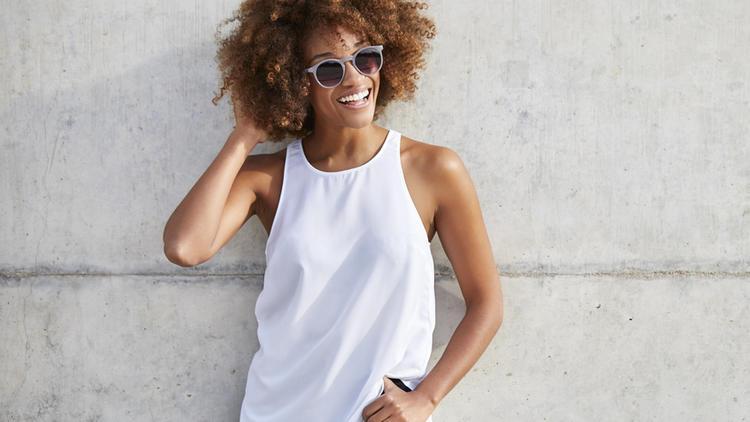 Trendy Oberteile - Diese Tops gehören in jede Garderobe