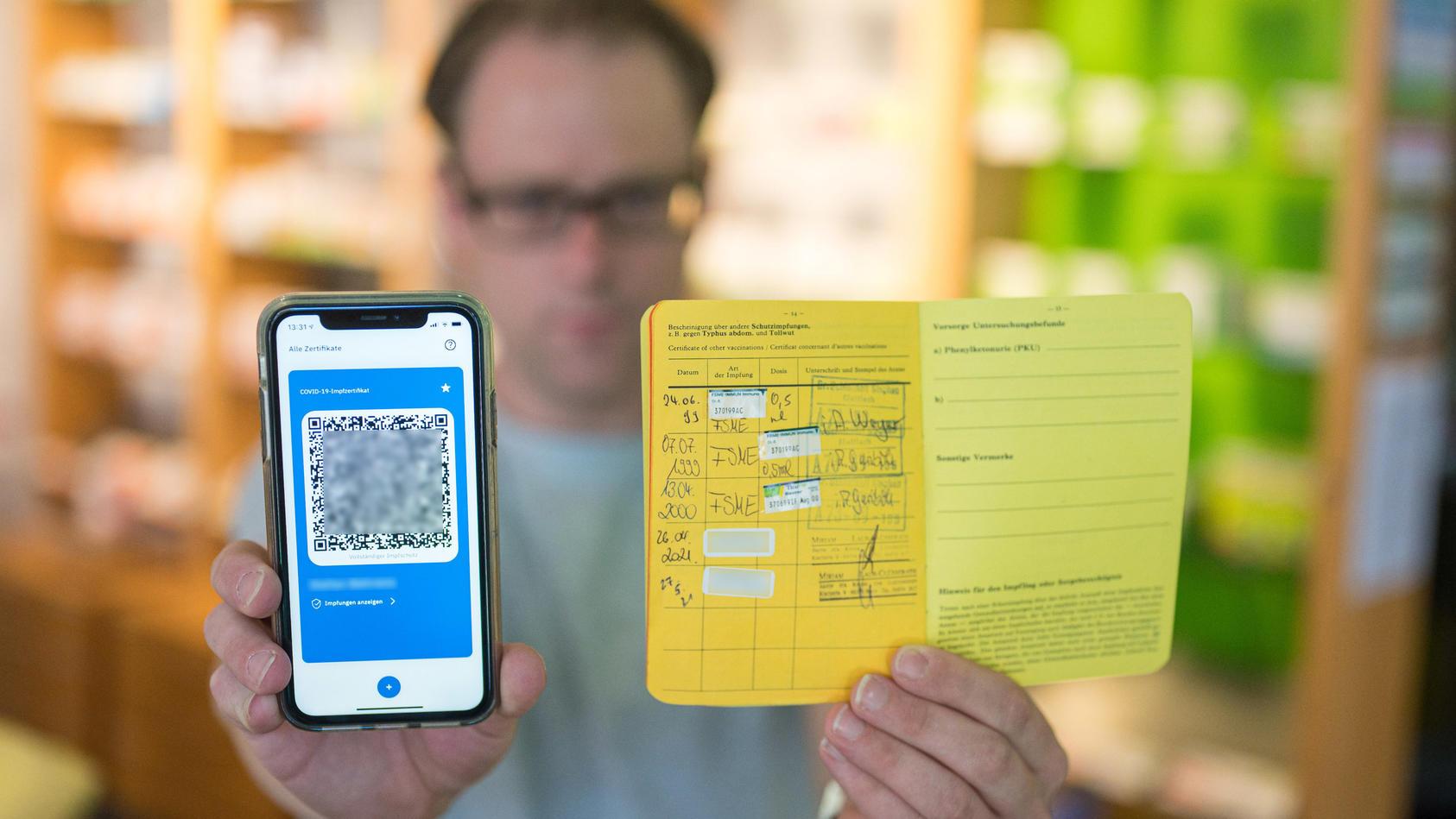 Coronavirus - Digitaler Impfausweis in der Apotheke
