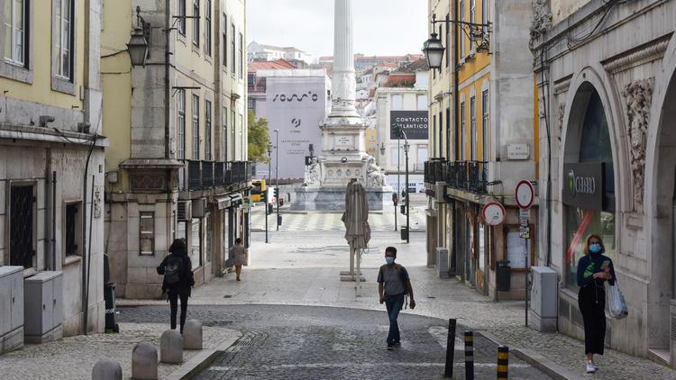Wegen Delta-Variante  - Regierung riegelt Lissabon ab