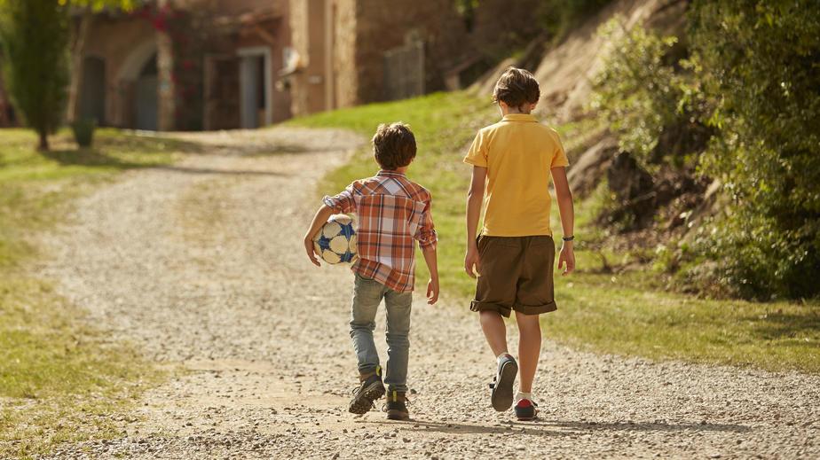 Ein zehnjähriger Junge brachte ein vermisstes Kind nach Hause. (Symbolbild)