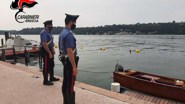 2 Tote bei Holzboot-Unfall - Gardasee: Ermittlungen gegen deutsche Urlauber