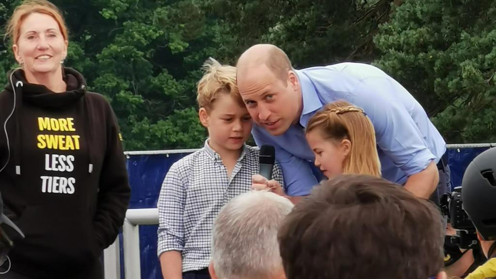 Prinz George, Prinz William und Prinzessin Charlotte verbrachten den diesjährigen Vatertag beim Halbmarathon auf Sandringham