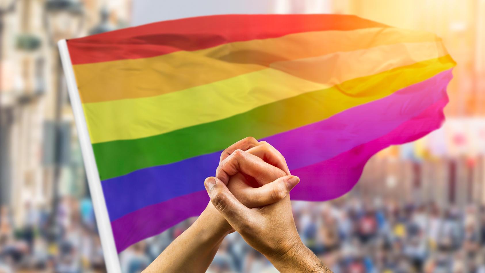 Die bunte Regenbogenflagge