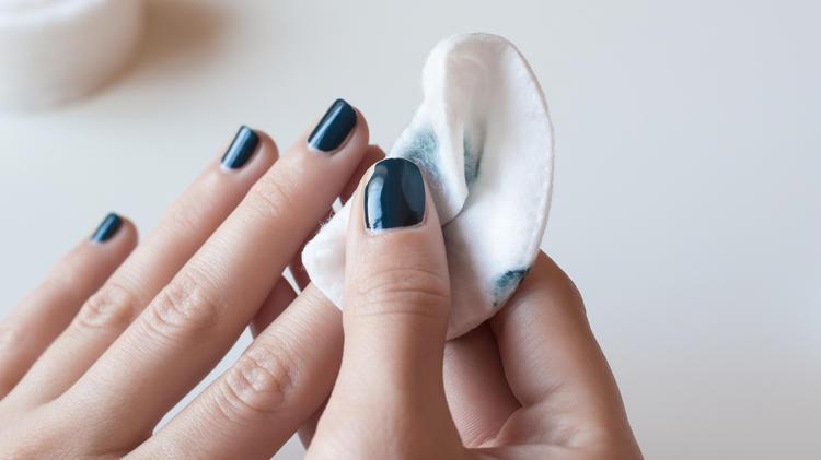 Bekannte Marke fällt durch - Öko-Test prüft Nagellackentferner