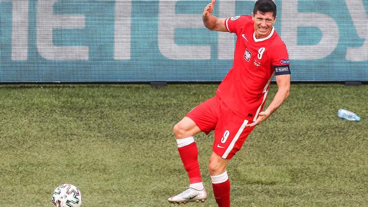 Lewandowski mit Polen raus - Schweden holt Gruppensieg, Spanien 2.