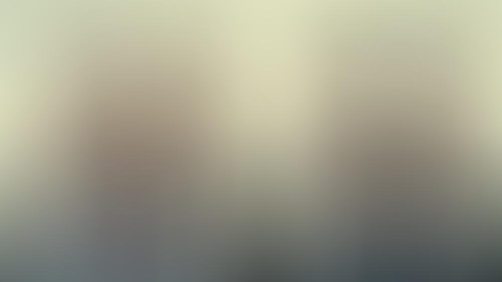 Aimee (Aimee Lou Wood) und Maeve (Emma Mackey) sind auch wieder mit von der Partie.