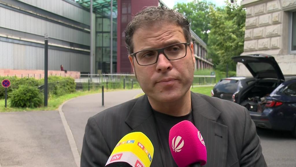 Der Anwalt des mutmaßlichen Messer-Angreifers von Würzburg