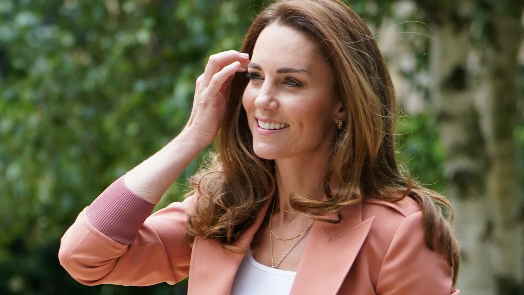 Angeblich lässt es die beschränkte Gästeliste nicht zu, dass Herzogin Kate bei der Enthüllung der Diana-Statue dabei ist.