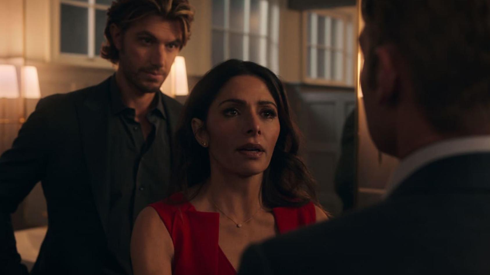 """Sarah Shahi und Adam Demos sorgen im Netflix-Hit """"Sex/Life"""" aktuell für Schnappatmung."""