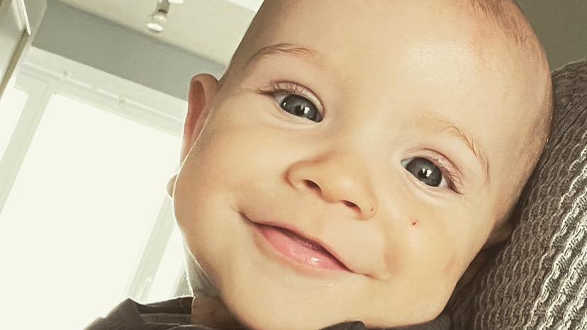 Der kleine Mats hat nur wenige Monate nach seiner Geburt die Diagnose Leukämie bekommen.