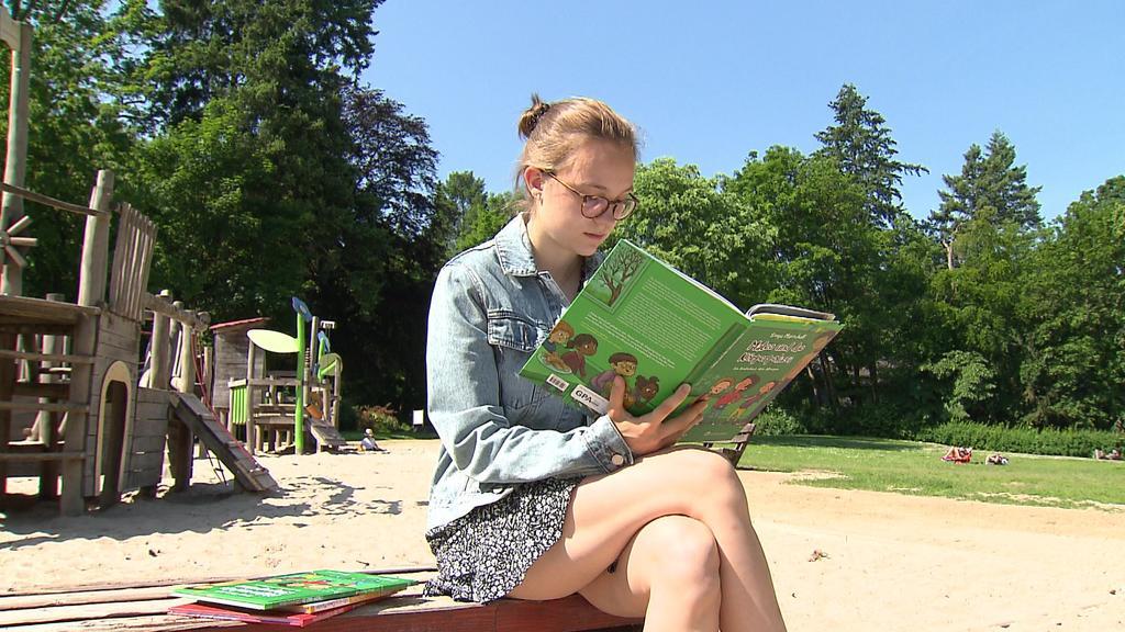 """Jungautorin Sonja Marschall will auch mit ihrem dritten Buch """"Mateo und die Körperpolizei"""" kranken Kindern Mut machen."""