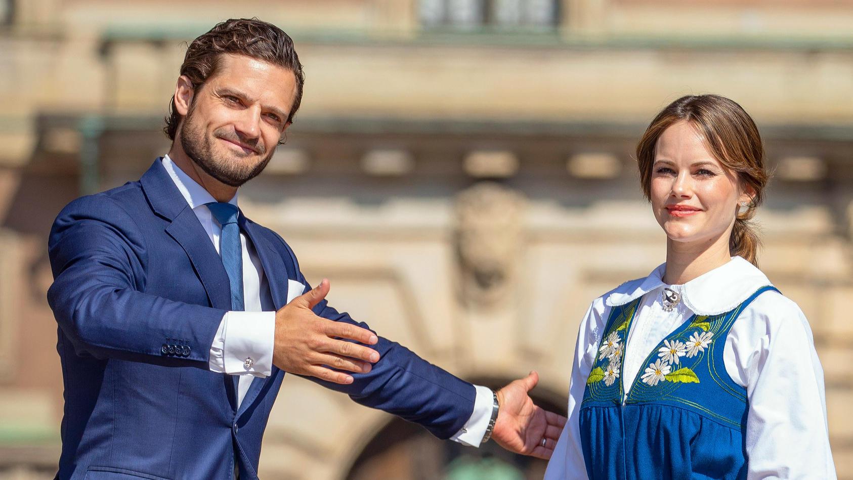Prinz Carl Philip und Sofia von Schweden teilen ihr Familienglück in den sozialen Medien.